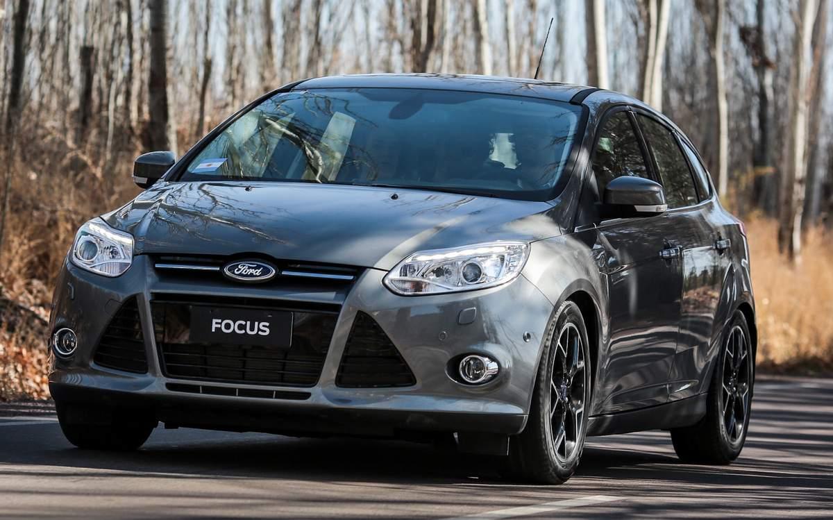 Novo Ford Focus 2015 - hatch médio mais vendido