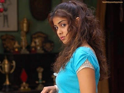 Genelia Look Hot look so cute