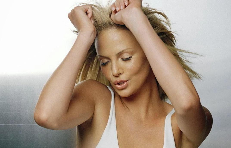 Charlize Theron, Sean Penn, Madonna, Whorrified,
