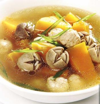 Pumpkin Soup (Vegan) - Canh bí đỏ