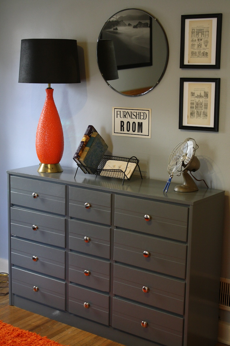 on the doorstep renovating a teen boy 39 s bedroom groovy style part one. Black Bedroom Furniture Sets. Home Design Ideas