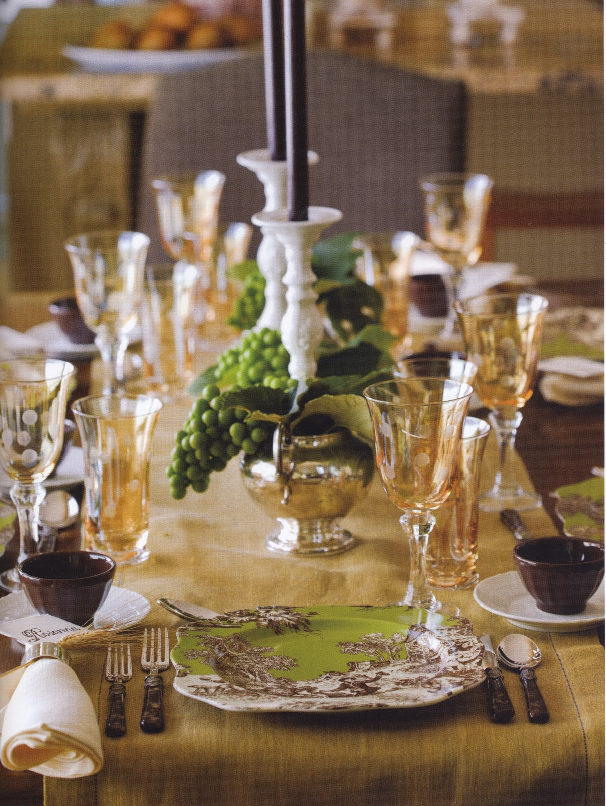 Rosanna 39 s table talk set a delightful thanksgiving table for Elegant table setting for thanksgiving