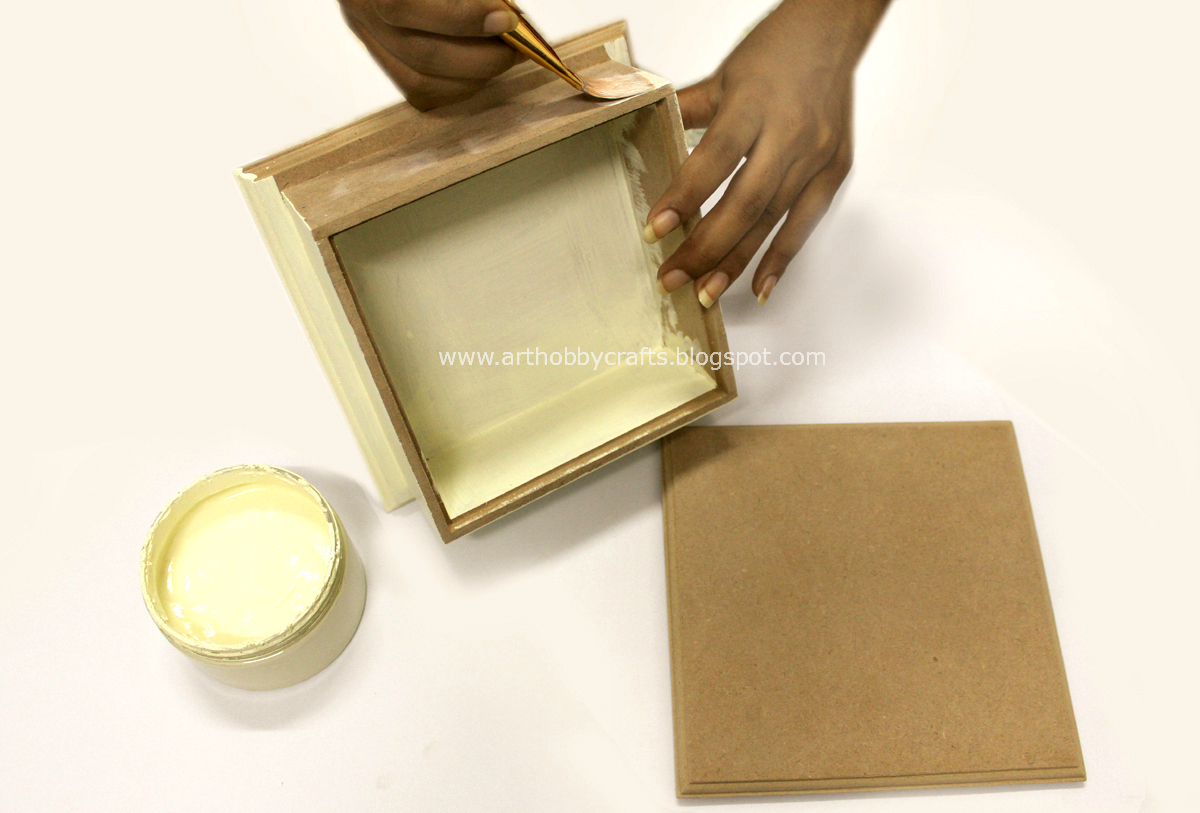 Tutorial napkin decoupage on wooden box art hobby crafts for Wooden box tutorial