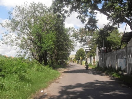Akses masuk Graha Sunan Ampel 1 Wiyung