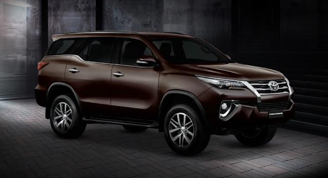 novo Toyota Hilux SW4 2016