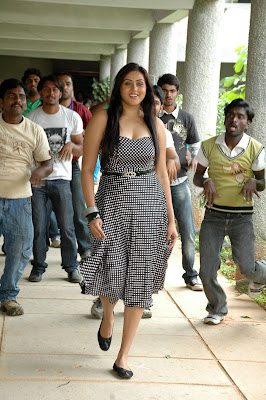 namitha new from love college, namitha glamour  images