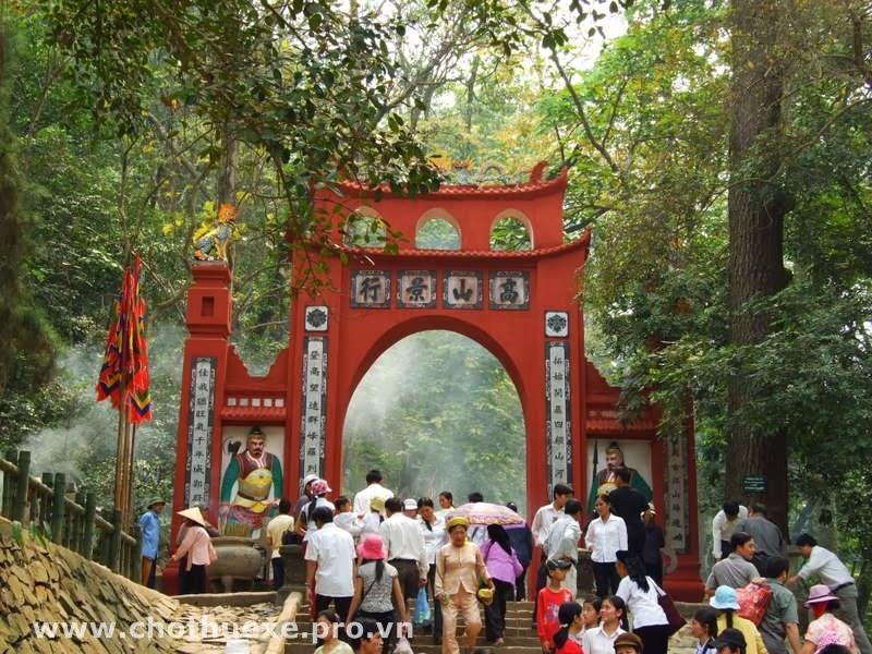 Cho thuê xe 16 29 35 45 đi Đền Hùng Phú Thọ 3