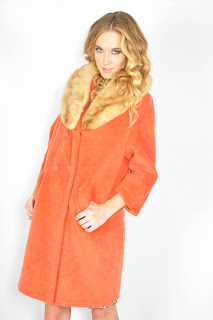 Vintage 1960's apricot colored wool Lilli Ann coat with brown mink fur collar