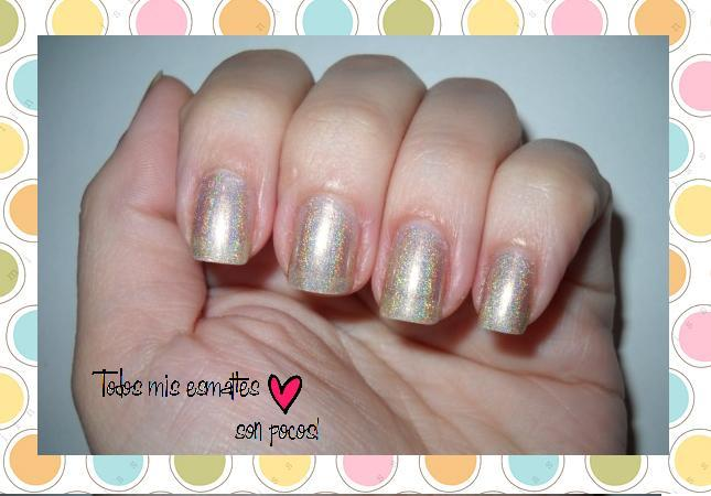 hermes hits holographic nails uñas esmaltes nail polish