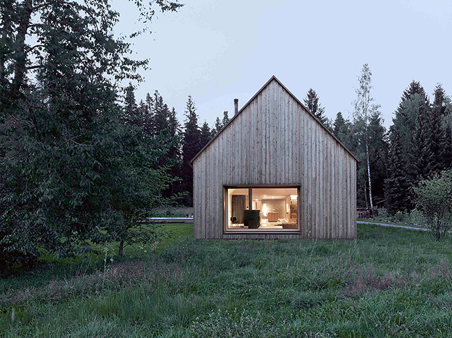 Elv 39 s a modern barn for Modern barn design