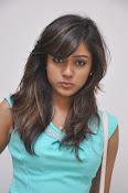 Vithika Sheru Glamorous Photo Shoot Gallery-thumbnail-8