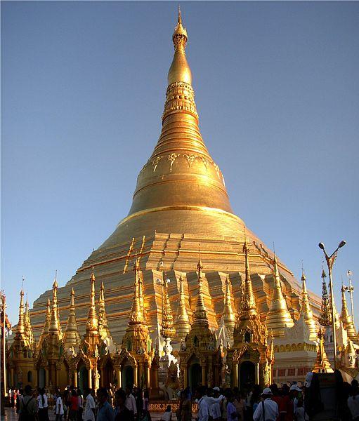 La Pagoda de Shwedagon, el lugar que conserva algunos de los cabellos de Buda
