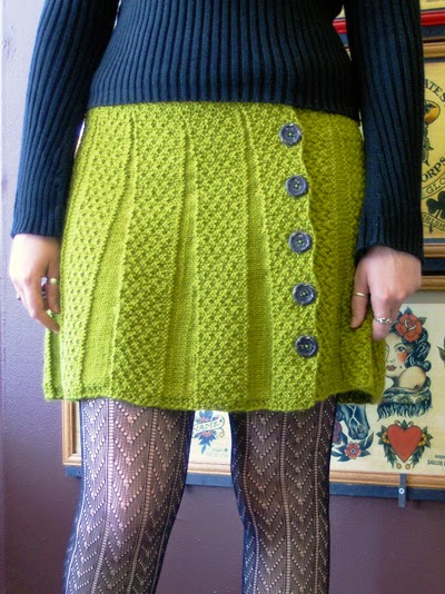 caranaby-skirt-tricot-wrap and turn