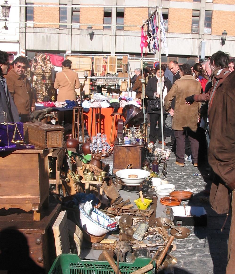 Por las calles de madrid - Mercadillo antiguedades madrid ...