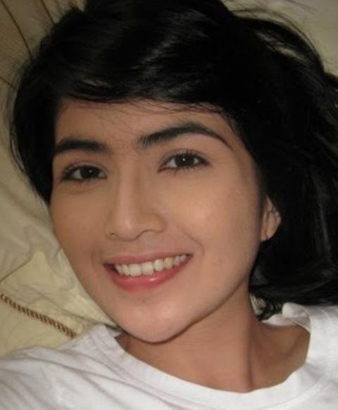 Basando: KADEK DEVI, Artis Cantik Indonesia, Pemain FTV