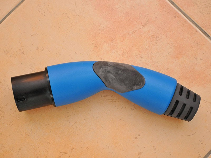 new beetle elektroauto blog typ2 adapter 32a auf cee 400v 32a im selbstbau. Black Bedroom Furniture Sets. Home Design Ideas