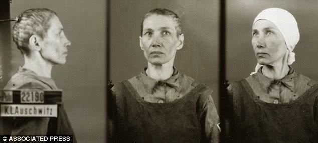 Muere a los 94 años el fotógrafo de Auschwitz