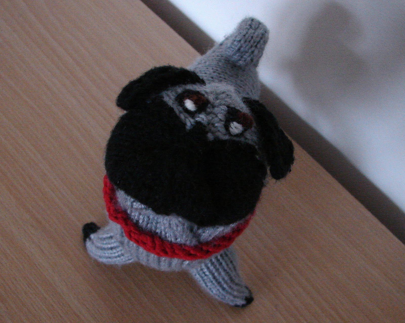 Knitted Pug Pattern : Ferbys Corner Knitting: Knitted pug dog