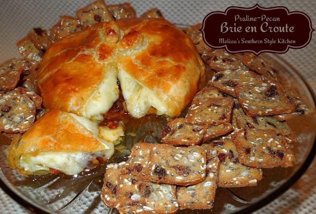 Praline Pecan Brie en Croute - melissassouthernstylekitchen.com