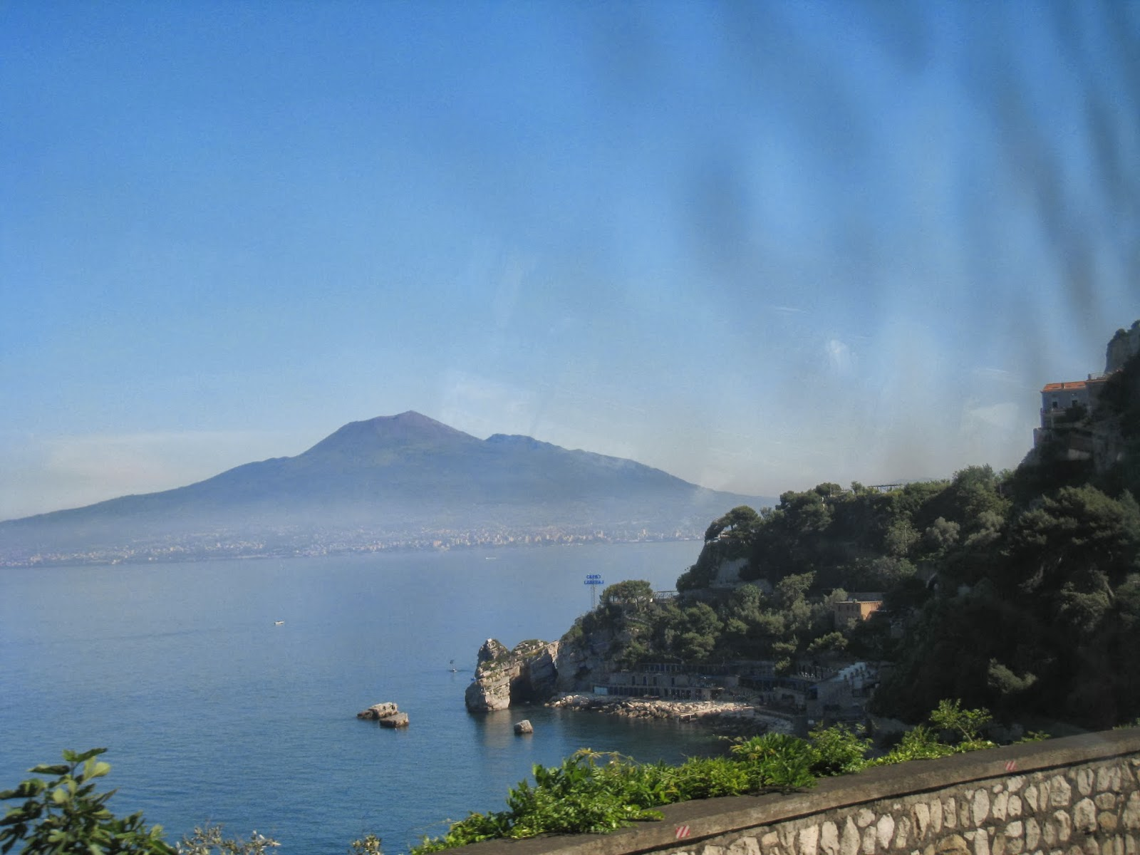 Seaside-of-Italy-Sorento-Naples