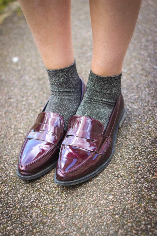 Metallic Socks and Pointed Oxblood Loafers - UK Fashion Blogger The Goodowl