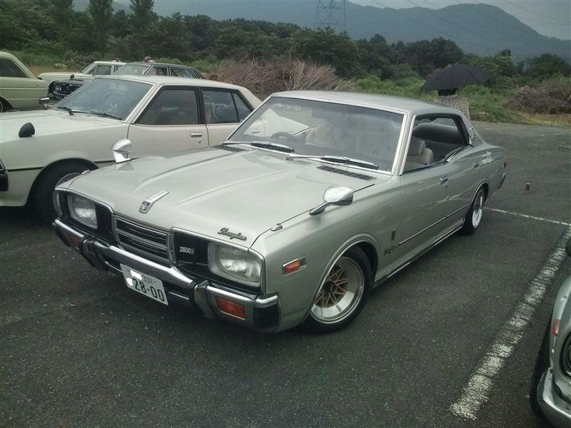 Nissan Gloria 330  日本車, クラシックカー