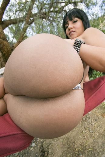 Nackt Bilder : Dicker Latina Arsch   nackter arsch.com