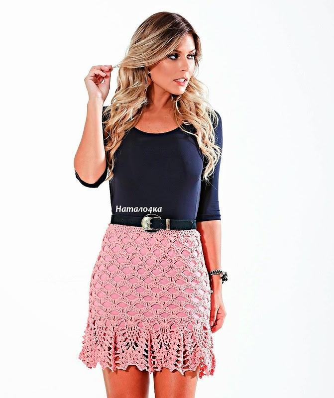 Falda corta de dama al crochet don dos variantes de punto piña