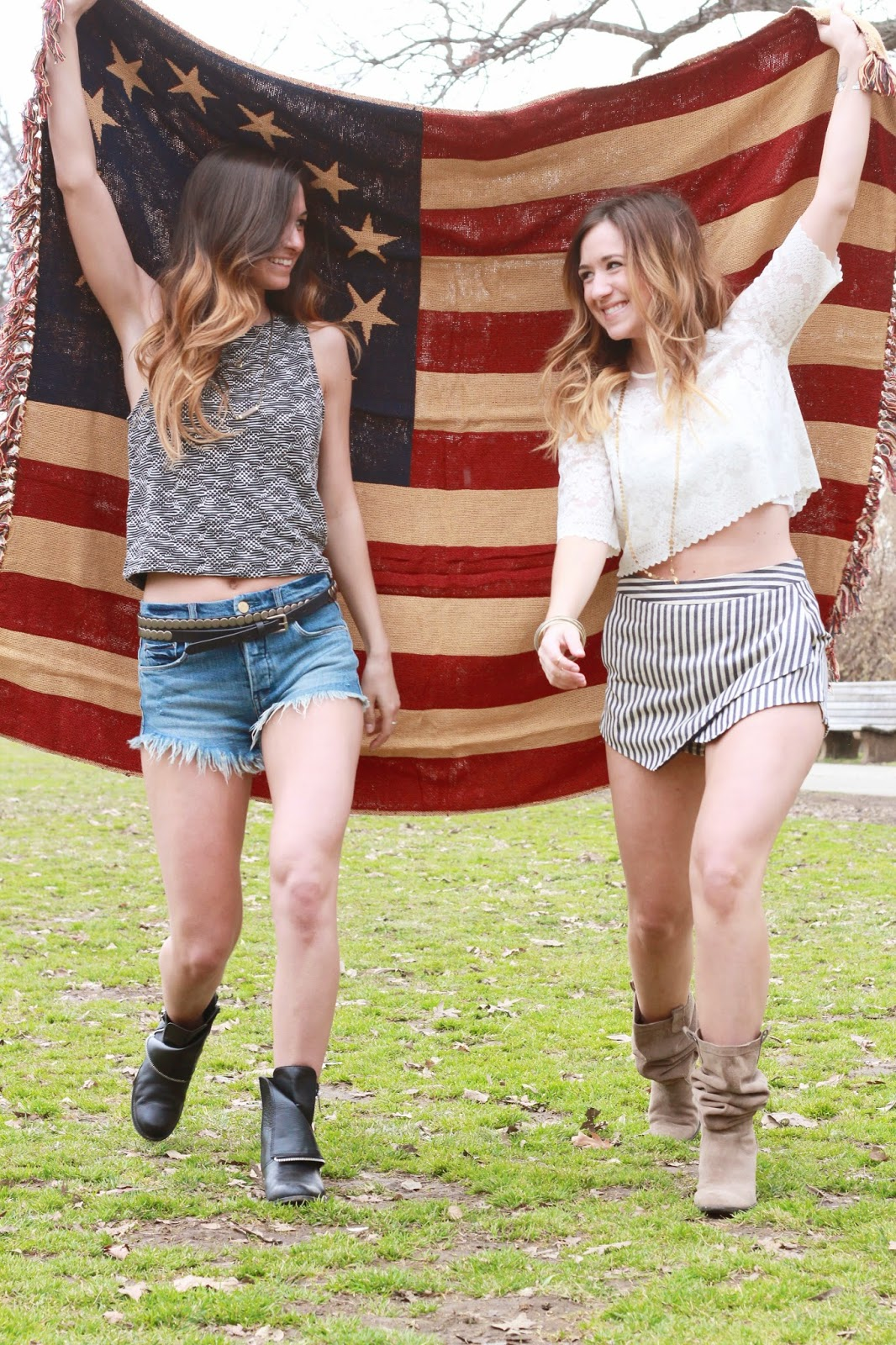 festival style, festival fashion, festival outfit inspiration and ideas, south moon under, bloggers, sisters, coachella style