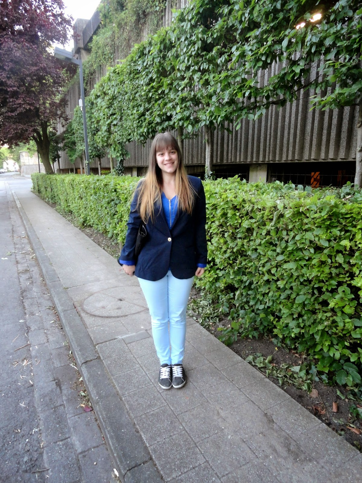 Clothes & Dreams: OOTD: I've got the blues: Outfit with H&M blazer