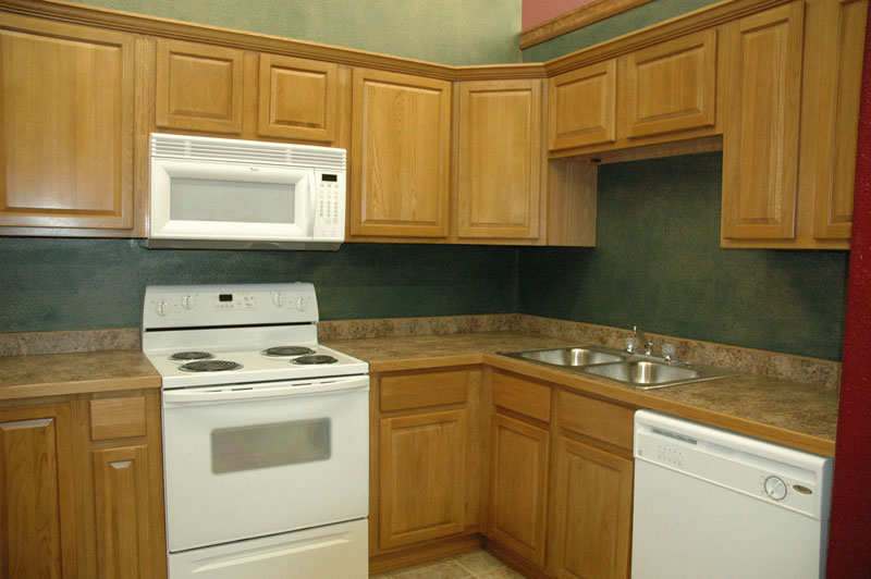 How to Get Discount Kitchen Cabinets | eHow.com