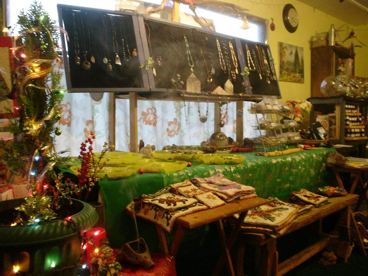 Ecoamigable navideno en casa.. Cuarzos, Accesorios, plantas y más..
