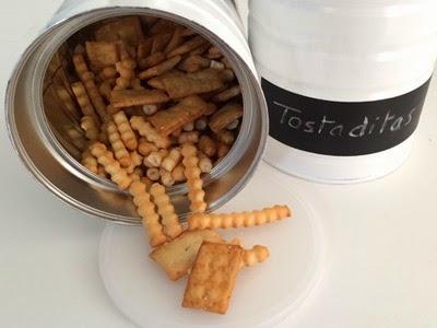 Botes de cocina, reciclando latas de leche de fórmula