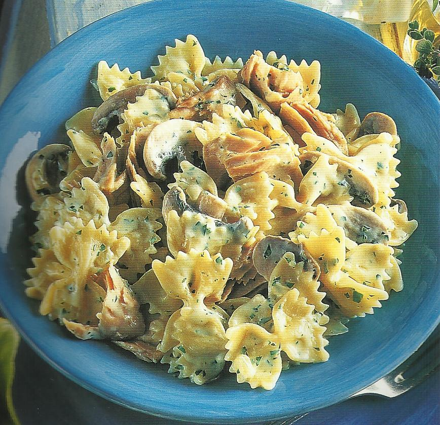 Farfalle with Tuna, Mushrooms and Cream ~ Cook N' Bake with Super Mom