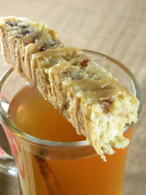 Apple Cider Biscotti | sweetpeasandsaffron.com