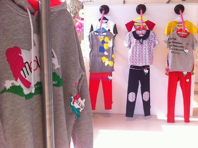 http://molola.es/shop/es/11-tienda