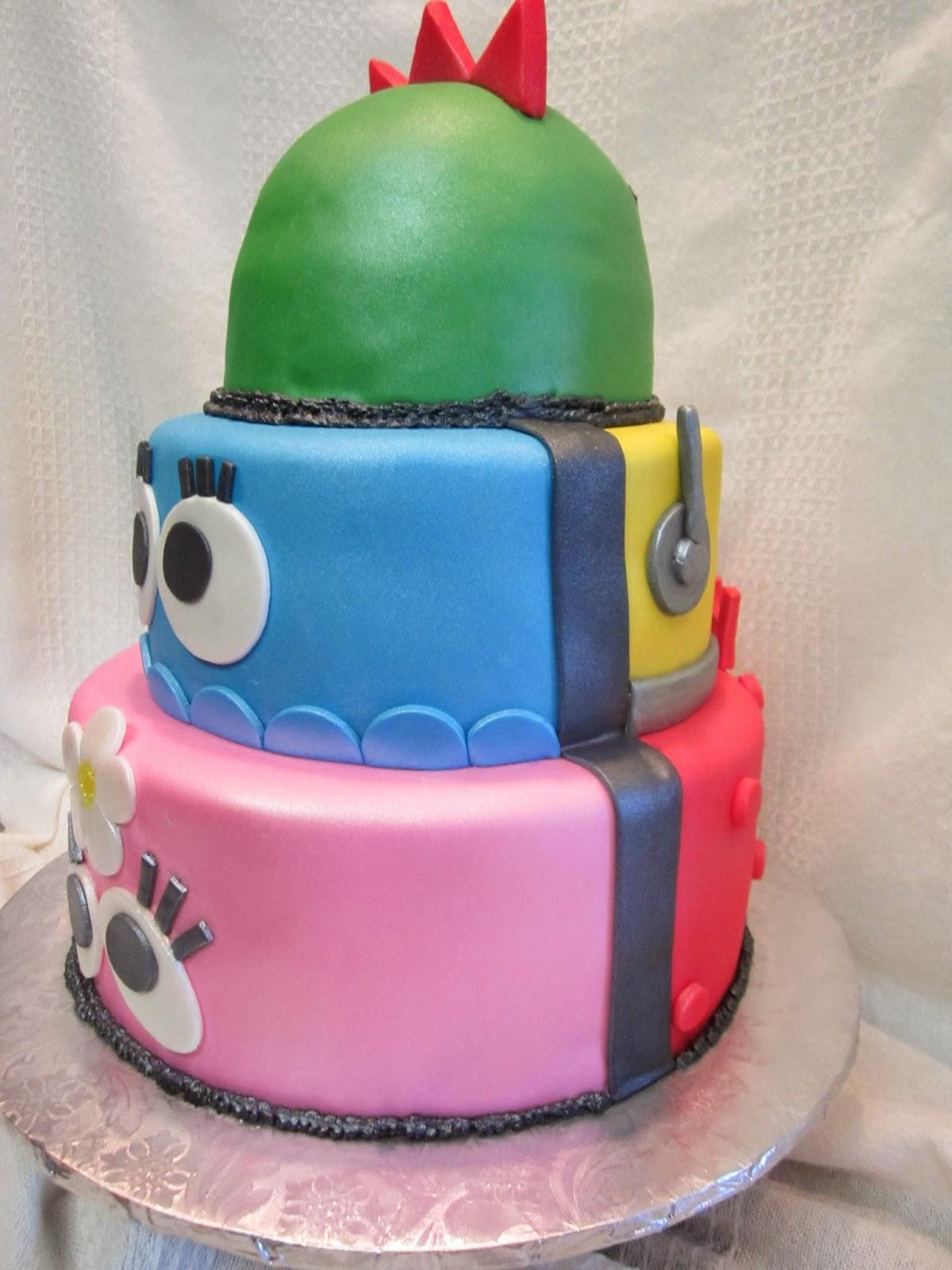 Mymonicakes Yo Gabba Gabba Cake With Gumpaste Boom Box