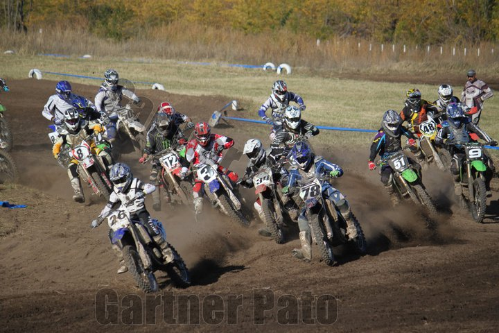 Robelito motors motocross la pista en santa rosa lo urgente for Angel motors santa rosa ca