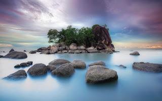 piedras en el mar Fotos de mar gratis
