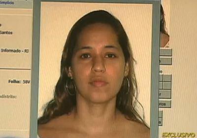 Adolescente arranca com os dentes, um olho e pedaços do corpo da própria mãe na baixada Fluminense