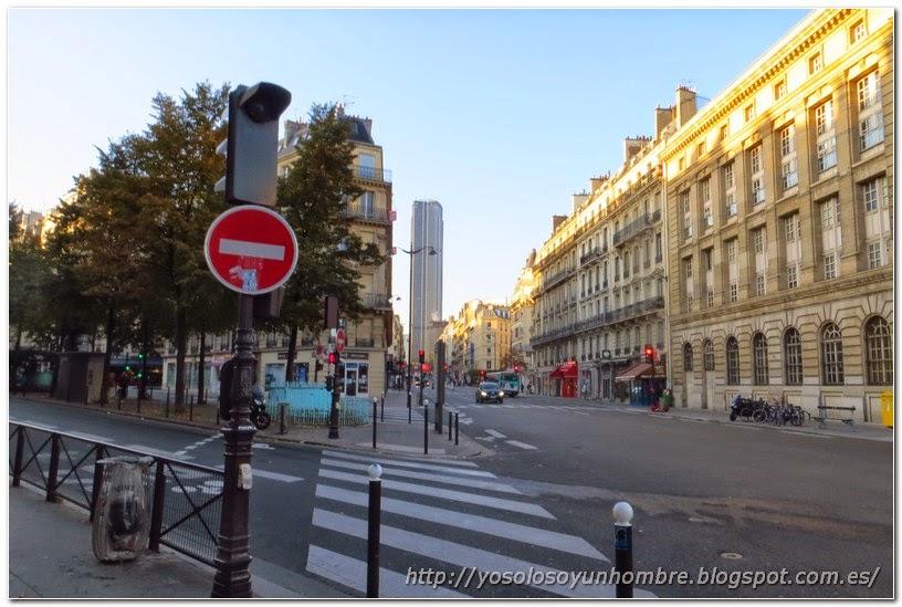 Torre de Montparnasse al fondo