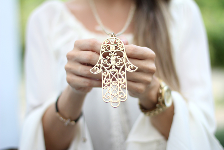 Fatima hand necklace blogger