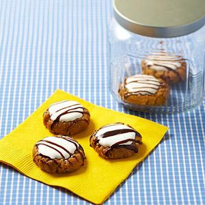 Mya Bruce Designs: Best cookies EVERRRRR (and NO BAKE!)
