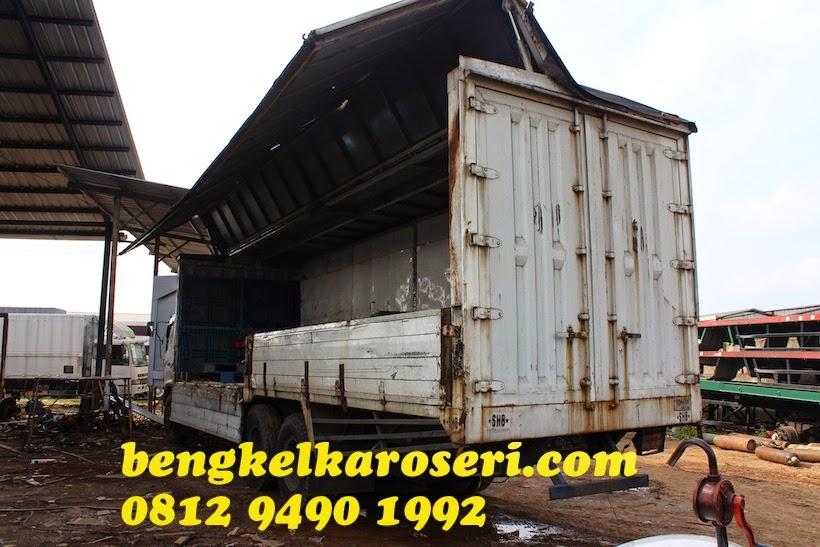 Repair karoseri wingbox Hino FL235JW