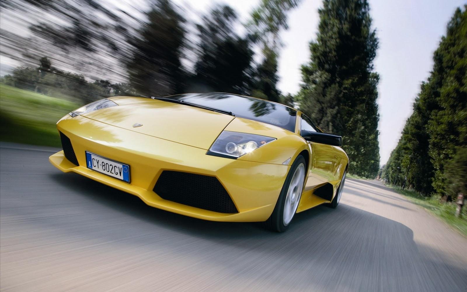 """<img src=""""http://1.bp.blogspot.com/-dHkbsYZhe7k/Uu1UTJ8KoyI/AAAAAAAAK1I/0aRpx17d_YA/s1600/yellow-lamborghini-wallpaper.jpg"""" alt=""""Lamborghini wallpaper"""" />"""