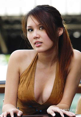 Julie Woon