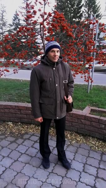 Мужская зимняя шапка связанная крючком