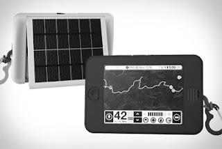 Earl, Tablet Dengan Panel Surya Sebagai Sumber Tenaga