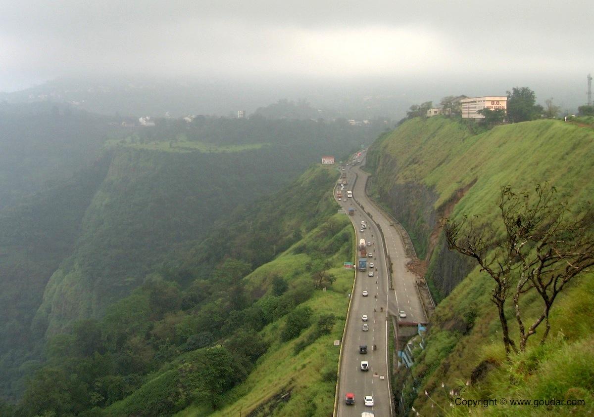 http://1.bp.blogspot.com/-dISqRVaL9rQ/ToSUvquTdYI/AAAAAAAABBU/t_btS1CEpXU/s1600/Mumbai%2B-%2BPune%2BExpressway1.JPG