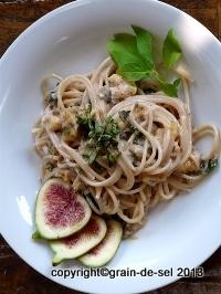 http://salzkorn.blogspot.fr/2011/10/rosa-pasta-mit-feigen.html